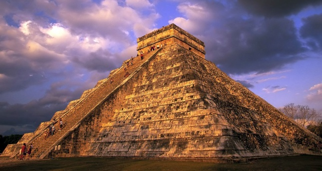 Mayan_Pyramids